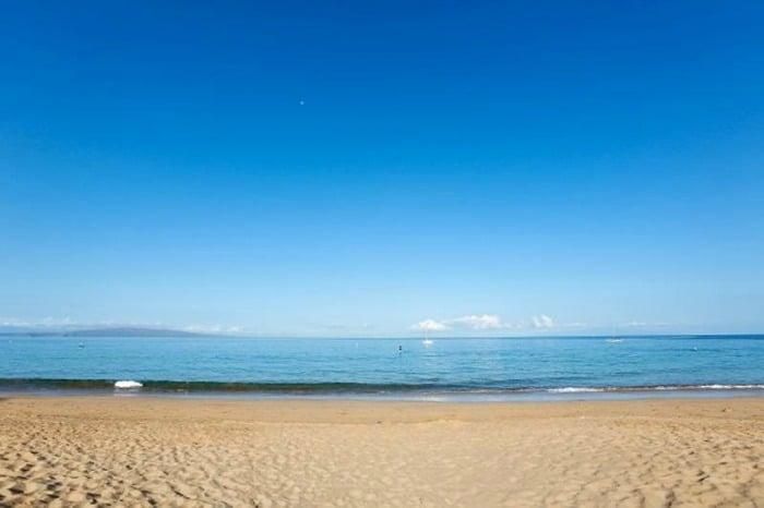 Hawaiian Style Beach Day